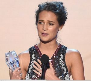 Alicia Critics Choice 1